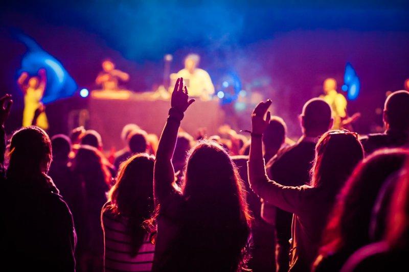 室内で開催している音楽フェス