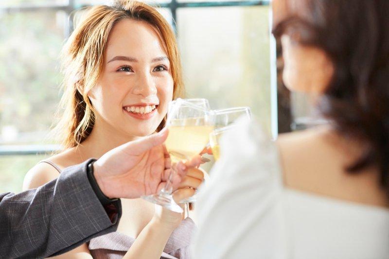 婚活パーティーに参加する女性の特徴